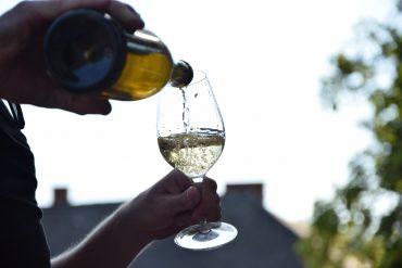 Destrukcyjna moc alkoholu i jej wpływ na rodzinę kobiety